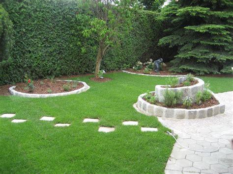 Beratung  Garten  Wasser Stein