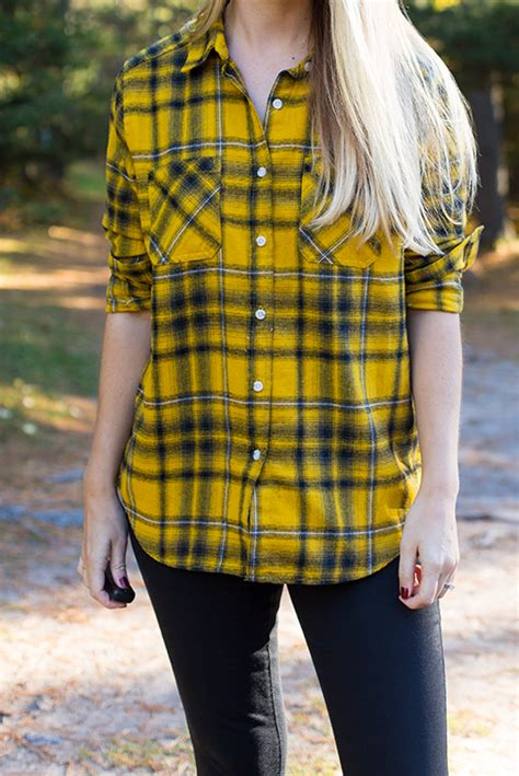 How to Wear a Plaid Shirt - Style by Joules