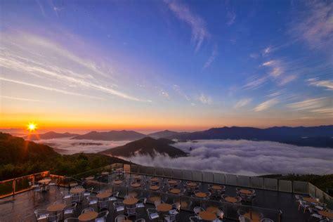 restaurant   clouds japan photo  big photo