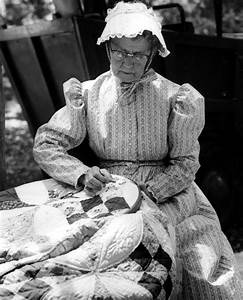 Florida Memory - Woman sewing a quilt at the Florida Folk ...