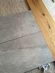 bitte schauen sie auch einmal nach den fliesen von With balkon teppich mit tapete betonoptik beige