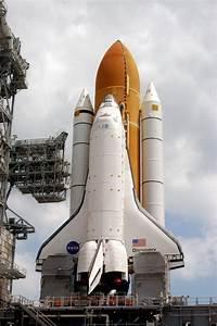 NASA - Discovery at the Pad