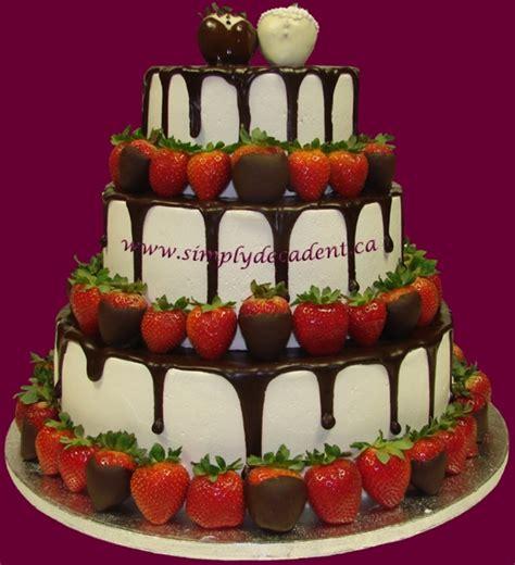 wedding cake  chocolate dipped strawberries
