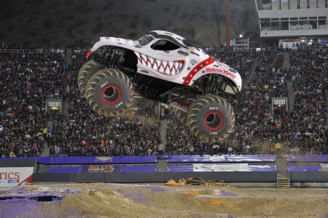 monster mutt truck videos monster mutt dalmatian monster jam
