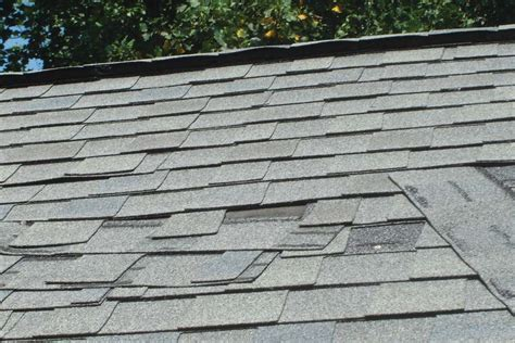 handful  roofing companies stick  hand nailing