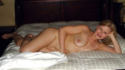 My Amateur Wife Naked In A Hotel Room
