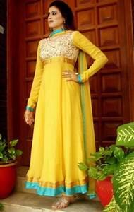 22 Cool Mehndi Dress Design Simple makedes