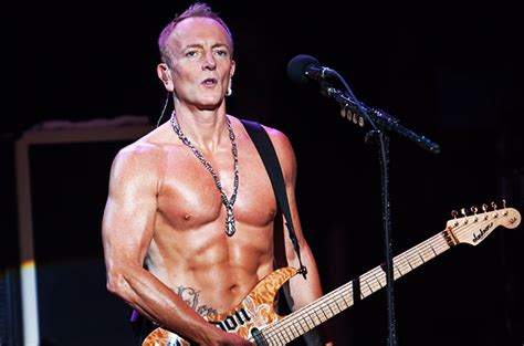 def leppards phil collen   tips   rock hard bod