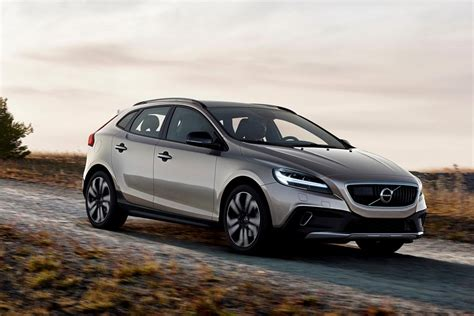 Volvo V40 Cross Country Modification by The Updated Volvo V40 And V40 Cross Country 2017 Carsnb