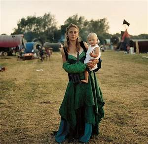Photographer Captures The Mysterious Lives Of Modern-Day ...