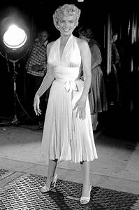 Marilyn Monroe Seven Year Itch Dress with Pleats Tutorial ...