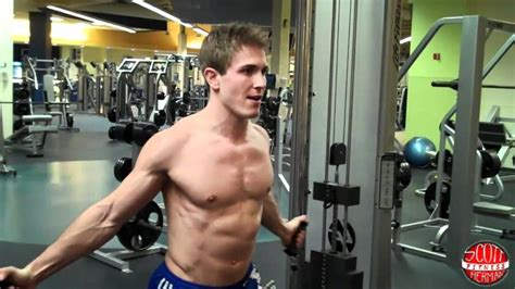 pec deck flyes cable crossovers how to low cable chest fly