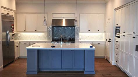 refaced kitchen cabinets cabinet refacing in costa mesa by cabinet wholesalers 1800