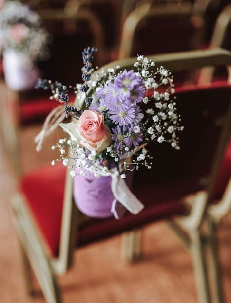 incorporate mason jars   wedding decor