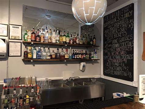 town kitchen bar    reviews bars  north  st downtown richmond va