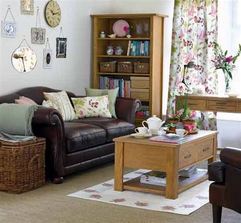 decorating small livingrooms small apartment decorating and interior design ideas