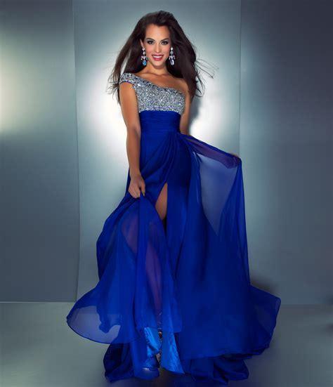 Blue Cocktail Dress   Professional Makeup Artist SHUN