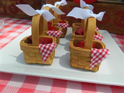 Mini Picnic Baskets At Elmo Picnic Birthday Party