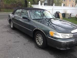 Purchase Used 1999 Lincoln Town Car Signature Sedan 4