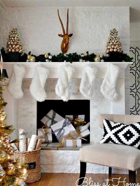 white and gold christmas decor top 40 elegant and dreamy white and gold christmas decoration ideas christmas celebration
