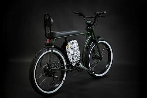 Otocycles' New Cross Retro E-bike Makes You Look Cool (if