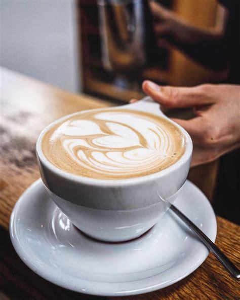 $$ • coffee, tea, espresso, coffee shops. Monday mocha fix 😍📷 @j_0_v_3_n_ #Regram via @intelligentsiacoffee | Mocha, Latte