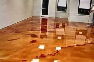 epoxy flooring metallic this man pours a buckets of metallic epoxy what he creates the most amazing floor ever