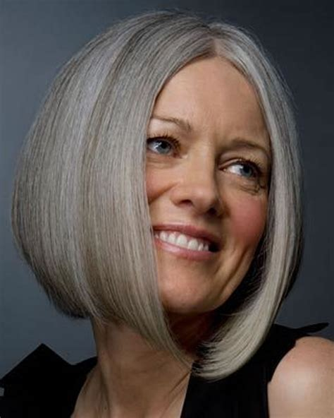 25 Easy Short Pixie And Bob Haircuts For Older Women Over 50