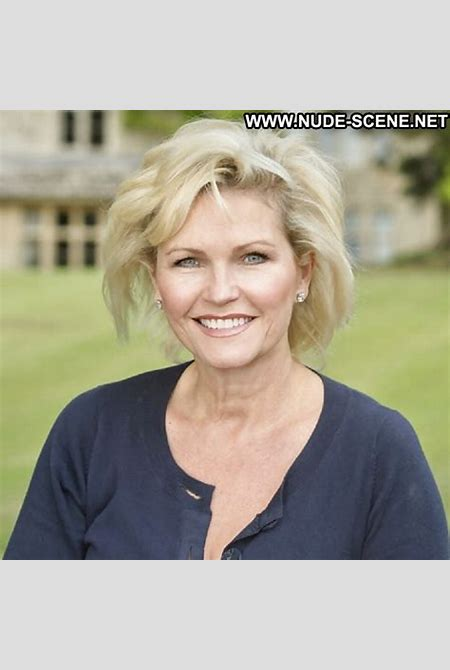 Fiona Fullerton Pictures Hot Mature Blonde Celebrity Actress Sexy Sea British Gilf