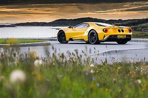 Ford GT - How do you build a £450,000 Race Car for the Road