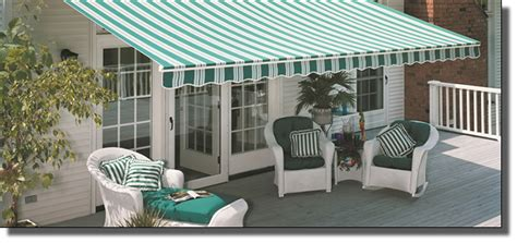 Retractable & Rollout Awnings