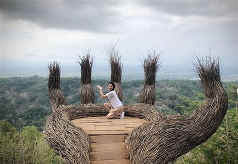 hutan pinus mangunan jogja lokasi  harga tiket