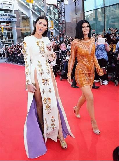 Jenner Kendall Awards Muchmusic Kylie Dresses Carpet