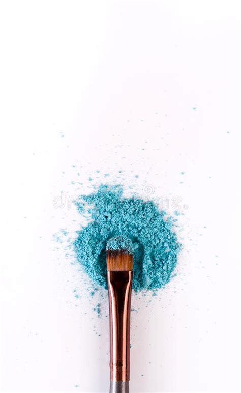 makeup brush background  eyeshadow sprinkled  white