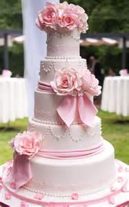 best wedding cakes 25 best ideas about pink wedding cakes on gold petal wedding cakes pastel blue