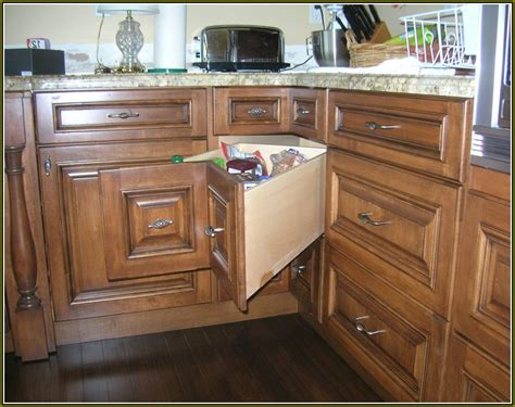 solutions for corner kitchen cabinets corner cabinet solutions in kitchens home design ideas 8176