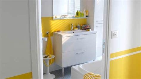 salle de bain vitaminee salle de bains jaunes 32 id 233 es pour une d 233 coration lumineuse