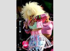 Nicki Minaj suffers embarrassing nip slip at party but