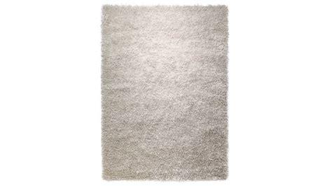 nettoyer un tapis blanc comment nettoyer un tapis shaggy tapis shaggy en beige eldorado with comment nettoyer un tapis