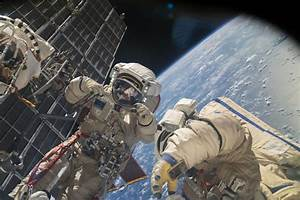 Watch Live Stream: Spacewalk Outside International Space ...