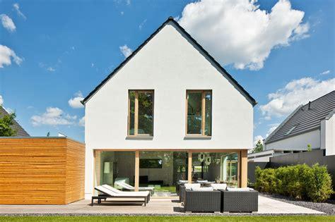 Moderne Häuser Mit Holzfenster by Kundenreferenz Haus Immel Hausgalerie Detailansicht