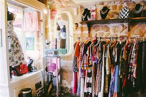 Four Paris Vintage Stores you Can Visit in an Afternoon - Paris Perfect