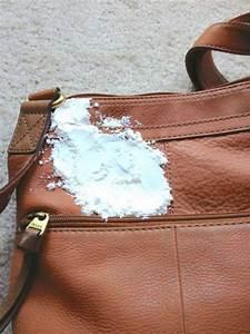 Tache De Gras Sur Cuir : 14 astuces trop top pour prendre soin de son sac main nettoyage pinterest truc trucs et ~ Medecine-chirurgie-esthetiques.com Avis de Voitures