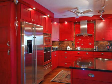 Red Kitchens : 20 Striking Kitchens With Hot Red Lacquer Kitchen Cabinets