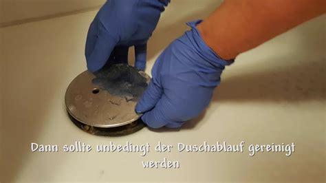abfluss dusche reinigen abfluss in der dusche stinkt oder ist verstopft abfluss 246 ffnen und reinigen ganz einfach