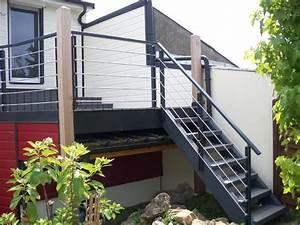 Escalier Exterieur Metal : escaliers exterieurs et garde corps ~ Voncanada.com Idées de Décoration