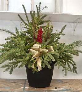 Diy, Christmas, Urns, In, 10, Minutes, Or, Less