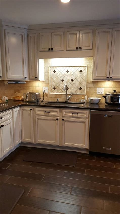 finished kitchen  cabinets  thomasville
