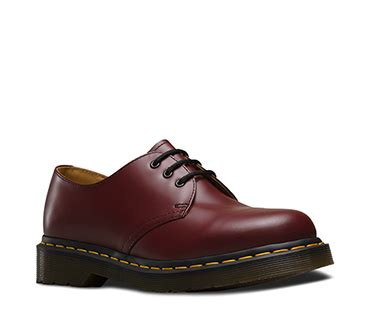docmart low brown 39 s boots shoes official dr martens store