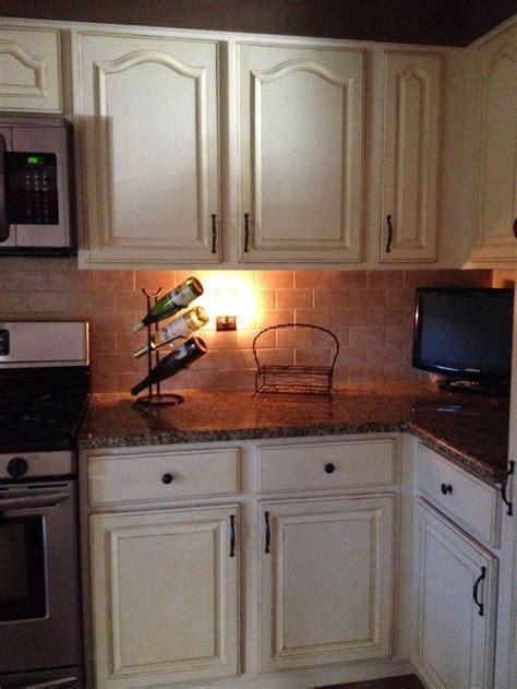 ideas for redoing kitchen cabinets best 25 oak kitchen remodel ideas on diy 7418